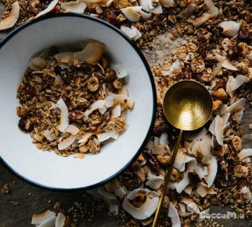 CoccoMio Granola Quinoa and Pecan Recipe Square