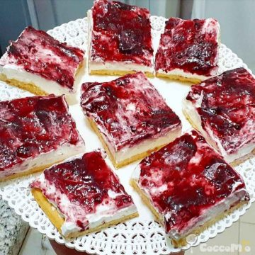 CoccoMio Jam Tart with Cream and Ricotta