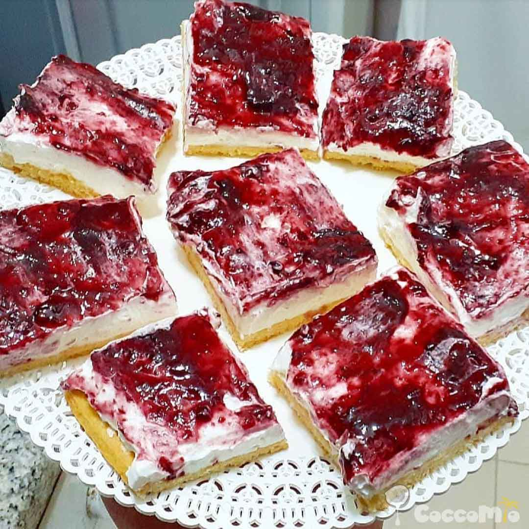 CoccoMio Jam Tart with Cream and Ricotta